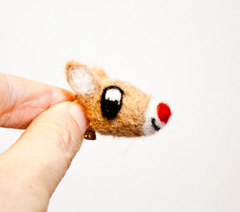 Rudolph,the,red,nosed,reindeer,brooch,Jewelry,Brooch,Fiber,Reindeer brooch,Deer brooch,Red nosed reindeer,Woodland animal,animal brooch,animal pin,Eco friendly brooch,Deer pin,Reindeer,Deer,Christmas brooch,Felted deer brooch,Rudolph brooch,wool roving,pin back