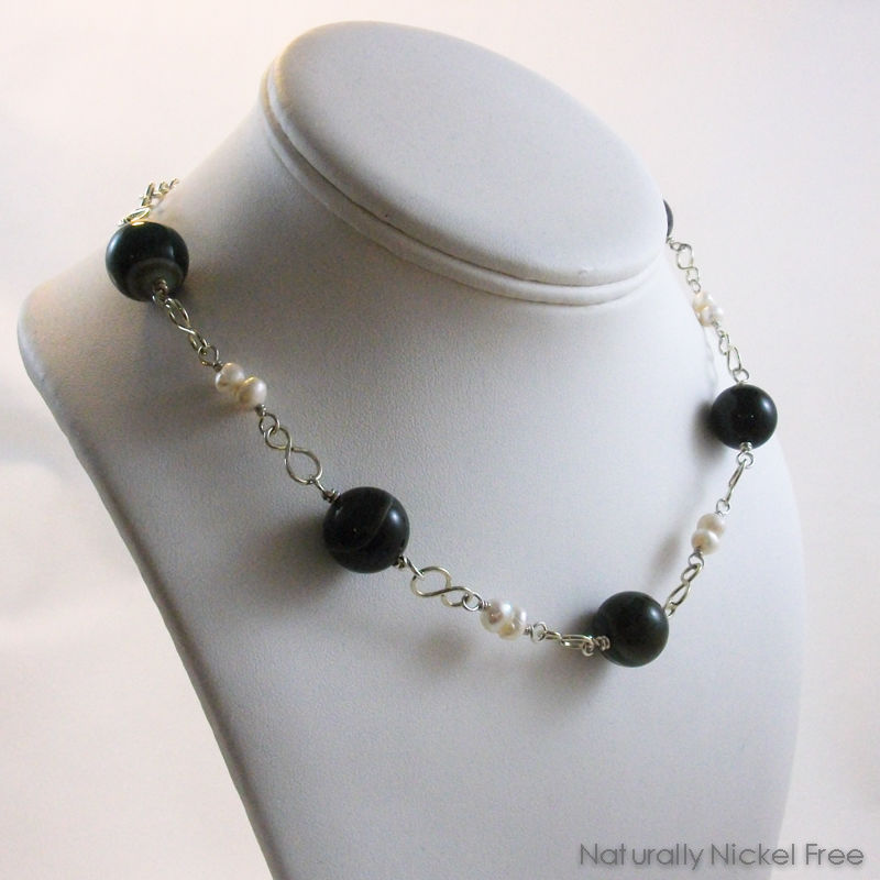 Brazilian Agate Choker Necklace with Pearl Accent - product image