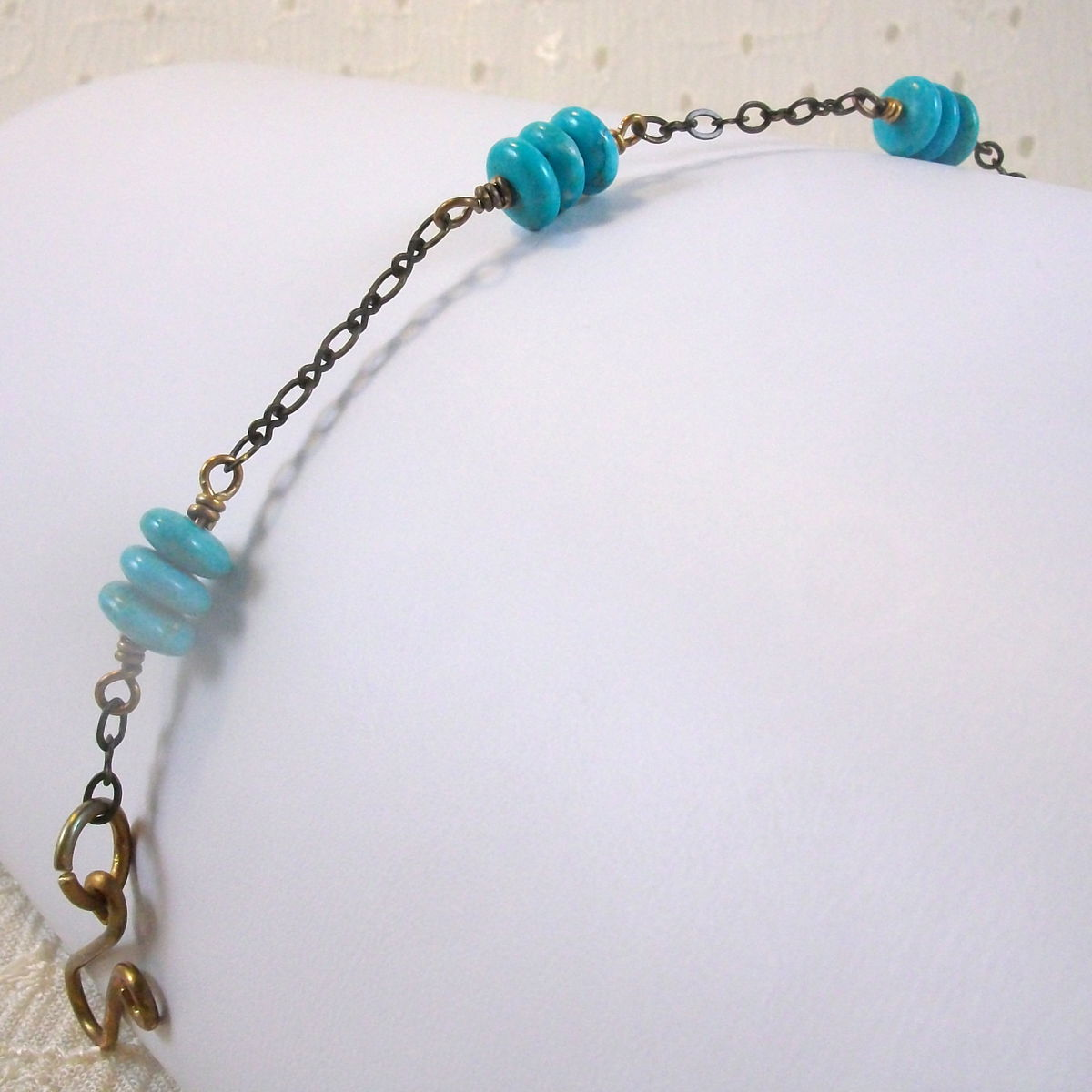 Brass Bracelet with Blue Magnesite Rondel Beads - product images  of