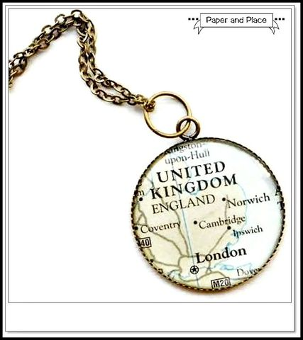 Map,Necklace,London,England,Round,Antique,Brass,Jewelry,map,journey,atlas,geography,state,mom,antique_brass,london,england,student,map_necklace,united_kingdom,map_charm_necklace,bezel