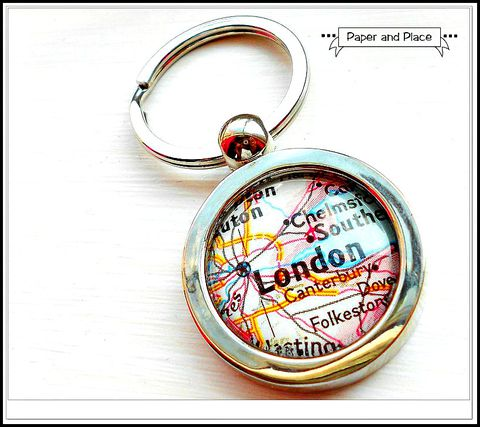 London,England,Map,Key,Chain,london map, map key chain,Accessories,Keychain,map,travel,destination,father,journey,home,keys,house,world_wide,custom,london_england,vintage_map,map_keychain,fabric,paper,resin