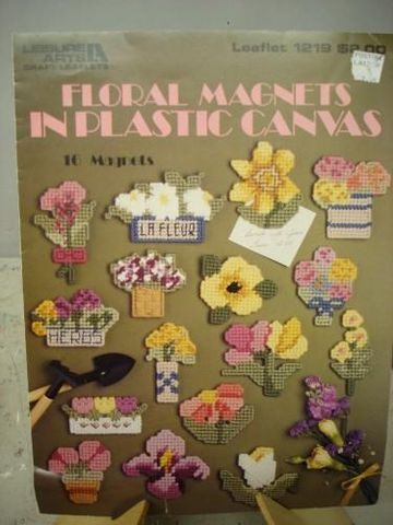 Floral,Magnets,in,Plastic,Canvas,Leisure,Arts,#1219,plastic canvas, cross stitch, floral magnets in plastic canvas,kg krafts,needlework
