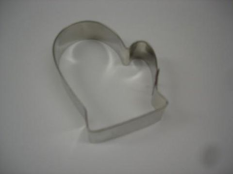 Mitten,Three,Inch,Cookie,Cutter,mitten, cookie cutter, wilton, cookies, wax, crafts,kg krafts,baking supplies,cookies,kitchen
