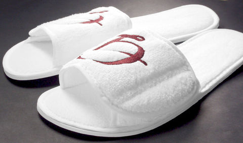 Personalized,White,Spa,Slippers,Custom,Embroidered,with,Initial,slipper, personalized, custom, embroidered, initial, monogrammed, spa, white, gift