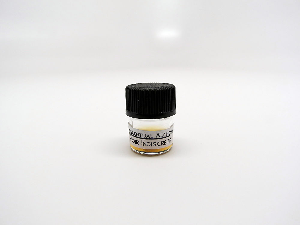 Poir Indiscrete natural perfume - product images  of