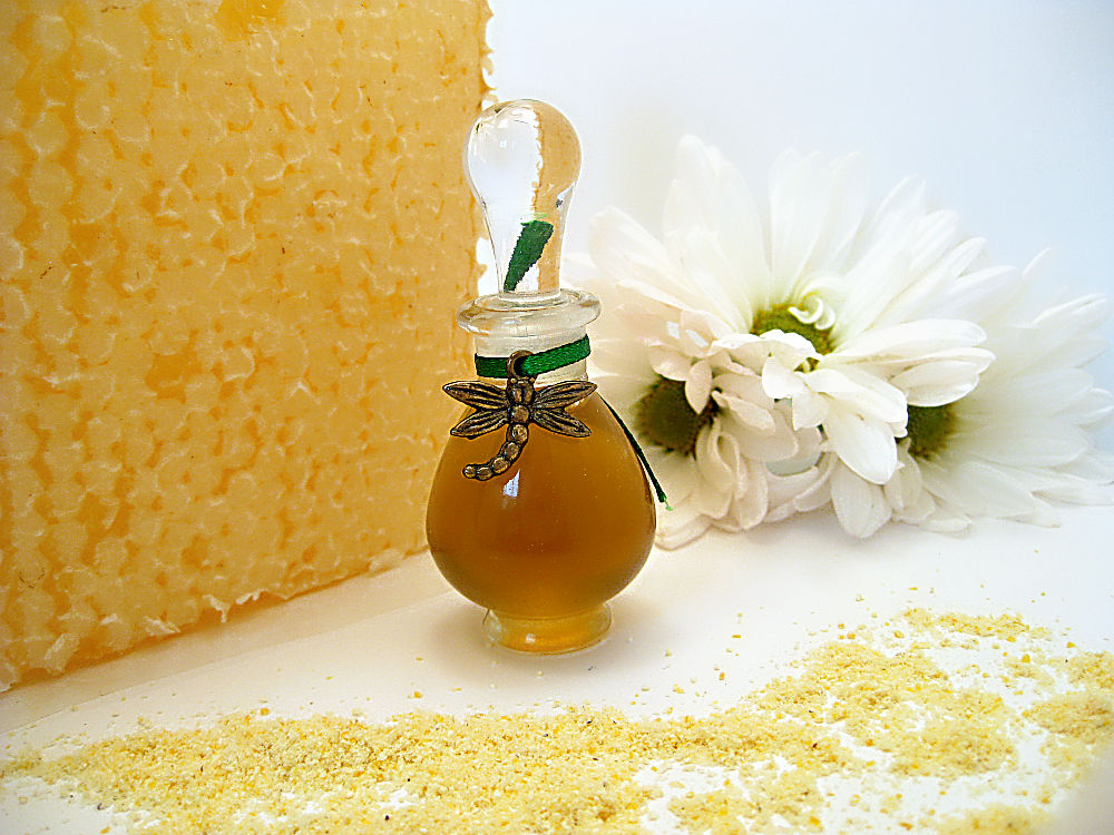 For the Love of Bees Natural Parfum - Green, Sweet, Floral - product images  of