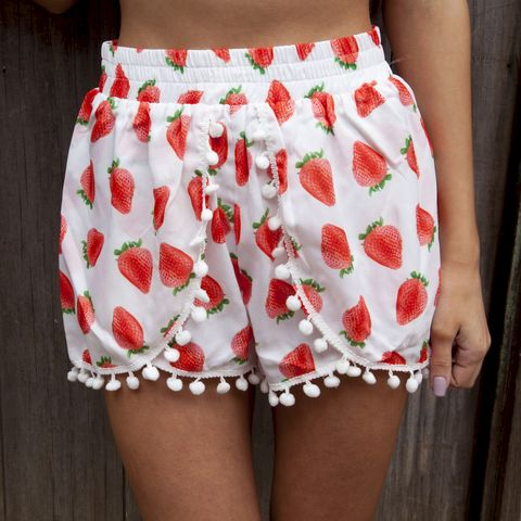STRAWBERRY,KISSES,SHORTS