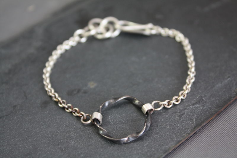 Drop bracelet oxidized - product images  of