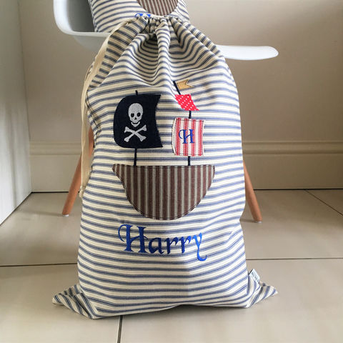 Personalised,childrens,laundry/storage,bag,with,Pirate,ship,applique,Furniture,Storage,pirate_ship,navy,laundry_bag,storage_bag,childrens_room,nautical_decor,nursery_decor,toy_storage,childrens_decor,pirate,personalised,Fabric