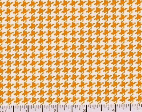 Cotton,Quilt,Fabric,Classic,Houndstooth,Check,Gold,And,White,quilt fabric,cotton material,auntie chris quilt,sewing,crafts,quilting,online fabric,sale fabric