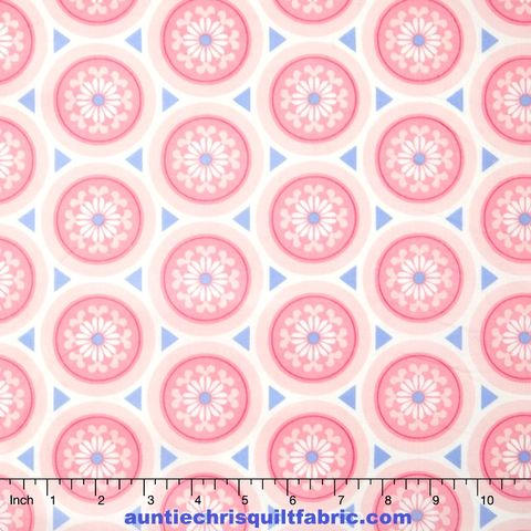 Cotton,Quilt,Fabric,Merry,Medallion,Rose,Quartz,&,SERENITY,Floral,,quilt backing, dresses, quilt fabric,cotton material,auntie chris quilt,sewing,crafts,quilting,online fabric,sale fabric