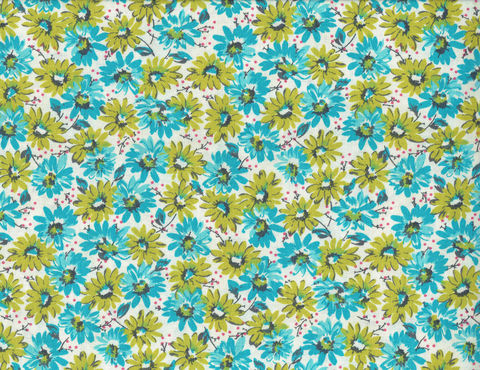 Cotton,Quilt,Fabric,Mia,Bunches,Of,Daisies,Floral,Made,In,USA,,quilt backing, dresses, quilt fabric,cotton material,auntie chris quilt,sewing,crafts,quilting,online fabric,sale fabric