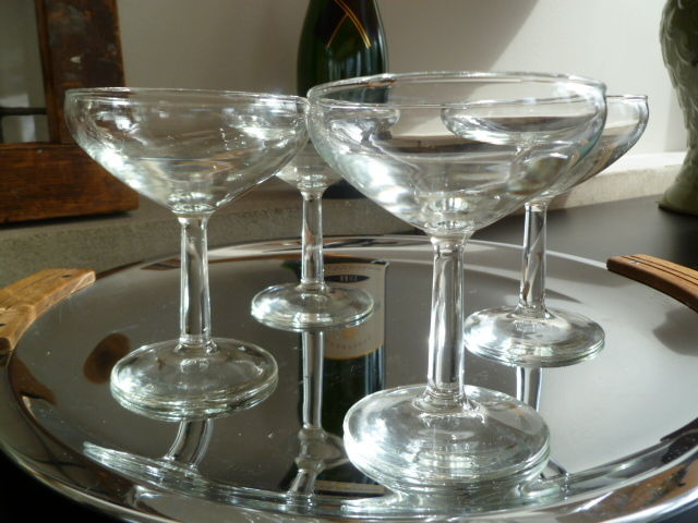 Classic Vintage Champagne Coupe Glasses for serving Hand crafted martinis and champagne