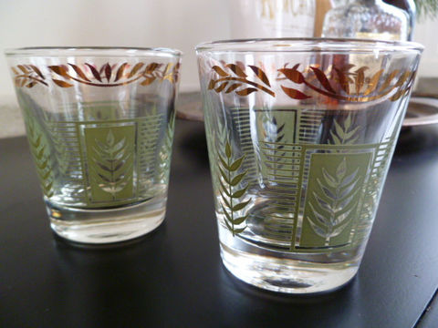 Vintage,On,the,Rocks,Cocktail,Glasses,or,Low,Ball,Glasses,,Dominion,Glass,Mid,Century,Bar,,Housewares,MCM_cocktail_glasses,Dominion_Glass,cocktail_tumblers,lowball_cocktails,22kt_gold_glasses,on_the_rocks_glasses,cocktail_glasses,juice_glasses,hand_craft_cocktails,old_school_drinkware,1960's_cocktail_bar,bar_cart_glasses,gold__green_glasses