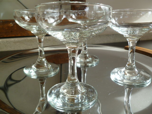 Vintage Champagne Coupe, Classic Saucer Champagne Glasses,Crafted Cocktail Glasses, Set of Four - product images  of