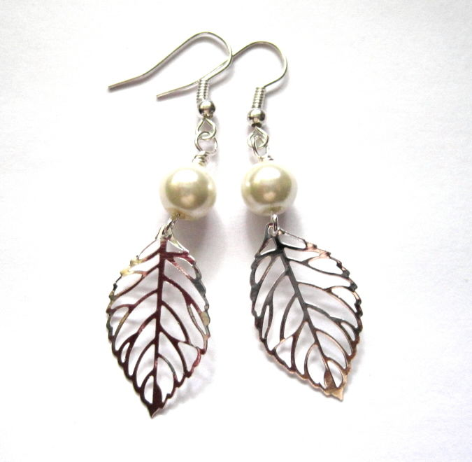 filigree silver leaf pearl dangle earrings vs jewelry