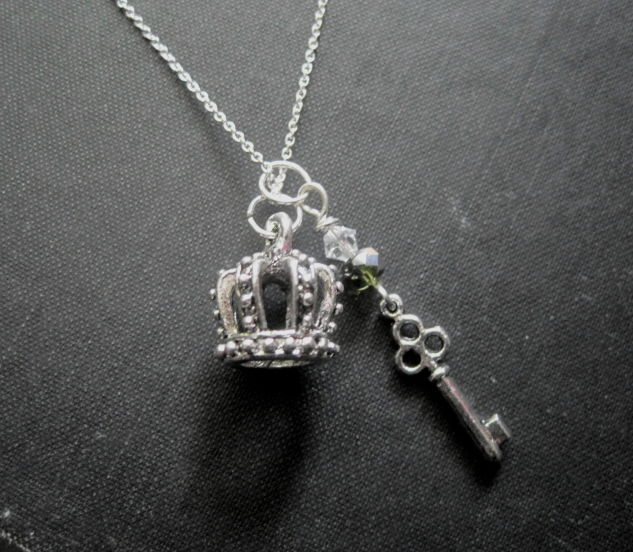 Silver royal crown key necklace 3 d crown necklace vamps jewelry silver royal crown key necklace 3 d crown necklace product images of aloadofball Images