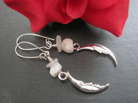 Moonstone,Crescent,Moon,Dangle,Earrings,moonstone crescent moon dangle earrings, moonstone, gemstone earrings, moon, crescent moon, silver, white, mystical jewelry, goddess jewelry, wire wrapped, vamps jewelry, nugget, chip