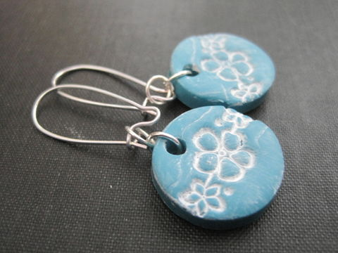 Turquoise,Blue,Flower,Blossom,Polymer,Clay,Earrings,turquoise blue, polymer clay earrings, dangle earrings flower, blossom, floral earrings, flower earrings, handmade, vamps jewelry, flower jewelry