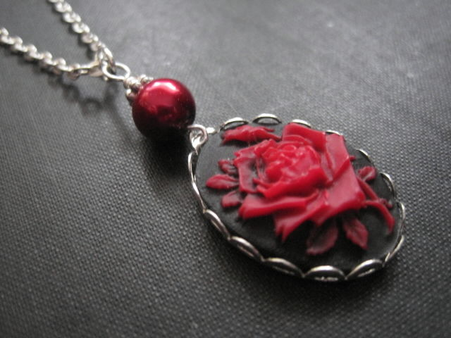 Red rose cameo necklace vamps jewelry gothic victorian jewelry red rose cameo necklace mozeypictures Choice Image