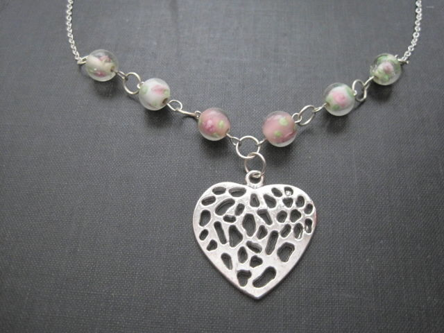 Heart and pink roses love necklace vintage style necklace vamps heart and pink roses love necklace vintage style necklace audiocablefo