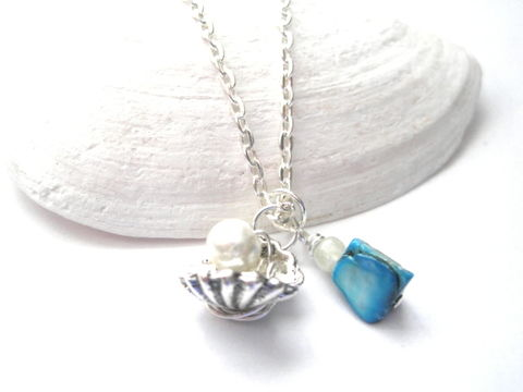 Oyster,Sea,Shell,Pearl,Necklace,,Blue,Mother,of,oyster sea shell pearl necklace, sea shell necklace, mother of pearl shell necklace, silver, blue, white pearl