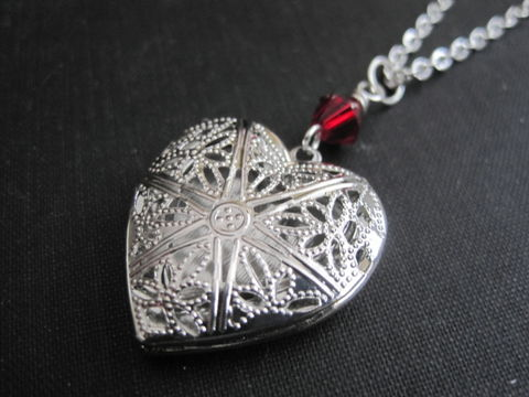 Antique,Silver,Filigree,Heart,Locket,Necklace,Antique Silver Filigree Heart Locket Necklace, photo locket necklace, aromatherapy locket