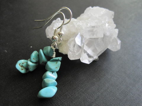 Turquoise,Gemstone,Nugget,Chip,Dangle,Earrings,turquoise nugget dangle earrings, turquoise chip earrings, tuquoise gemstone dangle earrings, vamps jewelry, gemstone jewelry, blue turquoise earrings, handmade earrings, wire wrap earrings