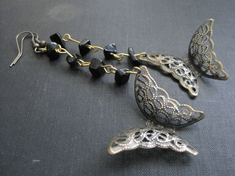 Filigree,Butterfly,Beaded,Victorian,Dangle,Earrings,Filigree Butterfly Beaded Victorian Dangle Earrings, vintage style, antique brass, romantic jewelry