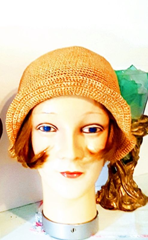 VINTAGE 1970s CROCHET PATTERN FOR A  HAT CAP  HAIR COVER pattern only RETRO