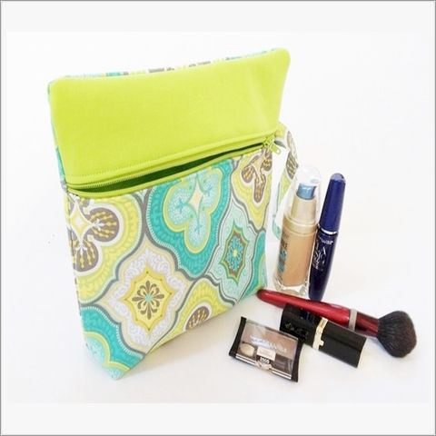 Lime,Green,and,Turquoise,Design,Makeup,bag,with,Wristlet,Make up bag, lime green make up bag, hostess gift, gift for mom, wristlet