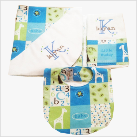 3,pc,Boys,Baby,Giraffe,Gift,set,Personalized,Receiving,Blanket,,Burp,Cloth,,and,Bib,Baby Gift Set, Giraffe, Blue, Patchwork, flannel, Receiving Blanket, Swaddler, Ex-Large Blanket, burp cloth, bib