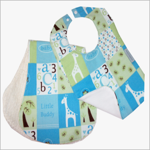 2pc,Boys,Blue,Giraffe,Bib,and,Burp,Cloth,Set,Burp Cloth, Bib and Burp cloth set, boys baby gift set, newborn, boys, giraffe, contoured burp cloths, Flannel, chenelle
