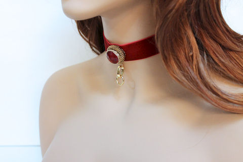 Victorian,Red,Velvet,Fantasy,Choker,Jewelry,Necklace,choker_necklace,fabric_choker,womens_choker,velvet_choker,victorian_choker,victorian_necklace,fantasy_necklace,romantic_jewelry,gothic_choker,red_velvet_choker,red_velvet_necklace,fantasy_choker,velvet_necklace,velvet ribbon,oxidiz