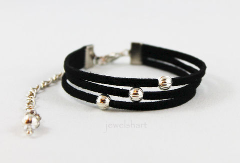 Casual,Suede,Cuff,Bracelet,Jewelry,suede_cuff,cuff_bracelet,beaded_cuff,fashion_jewelry,black_suede_bracelet,black_cuff,everyday,casual_bracelet,ladies_bracelet,for_her,gift,black_suede_cuff,black_bracelet,suede cord,silver beads,mixed metals