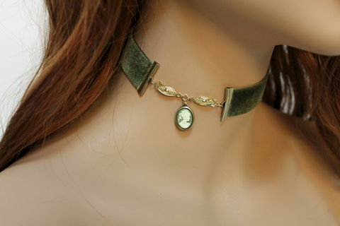 Green,Velvet,Victorian,Cameo,Choker,Jewelry,Necklace,velvet_choker,choker_necklace,green_choker,cameo_choker,cameo_necklace,edwardian_jewelry,edwardian_necklace,victorian_necklace,victorian_choker,edwardian_choker,pretty_choker,pretty_necklace,versatile_necklace,velvet ribbon,brass c