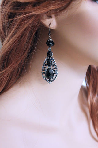 Long,Black,Crystal,Teardrop,Victorian,Earrings,Jewelry,Dangle,black_dangle,teardrop_pendant,black_earrings,black_teardrop,dangle_earrings,teardrop_earrings,victorian_earrings,victorian_dangle,victorian_jewelry,victorian_earring,teardrop_earring,long_earrings,long_teardrop,glass beads,gunmetal