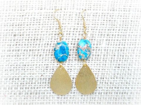 18k,Gold,Teardrop,Turquoise,Earrings,teardrop earrings,turquoise earrings,blue earrings,18k gold earrings,dangle earrings