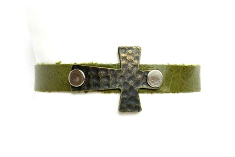 Green,Leather,Cross,Cuff,Bracelet,leather cuff,cuff bracelet,green leather bracelet,cross cuff,cross bracelet