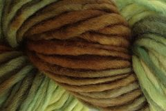 Avocado,Stone,Hand,Dyed,Wool,Pencil,Roving,Bulky Yarn Hand Dyed Pencil Roving Green Brown