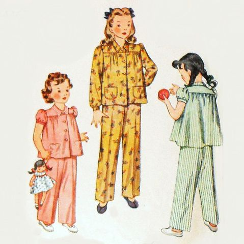 Toddler,Girls,Pajamas,40s,Pattern,Heart,Pockets,Gathered,Yoke,Long,Pants,Simplicity,4462, sewinghappyplace, vintage, sewing pattern, 40s, Toddler, Girls Pajamas, Heirloom, Heart Pocket, Simplicity 4462