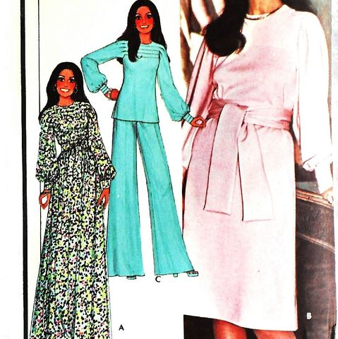 Dress,Tunic,w,Tuck,Yoke,Detail.,1970s,Pattern.,Sleeves,in,One.,sewinghappyplace, Sewing Pattern, Vintage