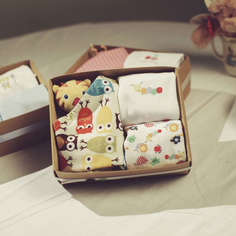 Baby Gift Box - Hello Baby Gifts Boutique