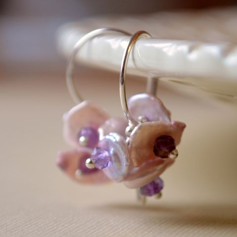 Lavender,Keishi,Pearl,Earrings,with,Amethysts,in,Sterling,Silver,keishi pearl, keshi pearl, freshwater, lavender, lilac, earrings, amethyst, purple, gemstone, flower, blossom, sterling, silver, jewelry