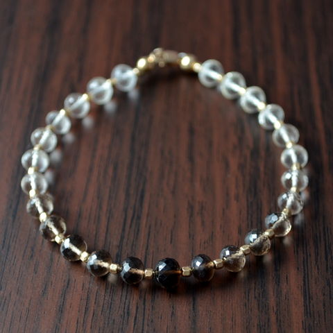 Smoky,Quartz,Beaded,Bracelet,in,Gold,jewelry, bracelet, smoky quartz, gemstone, brown, ombre, shaded, beaded, gold, gold filled