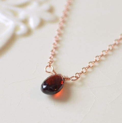 Simple,Garnet,Choker,Necklace,in,Rose,Gold,garnet necklace, garnet choker, rose gold, gemstone choker, gemstone jewelry