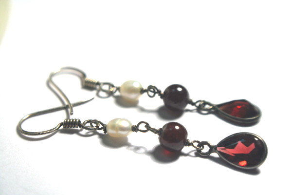 Genuine Sterling Silver Earrings Freshwater Pearls and Garnet Gemstone - product images  of