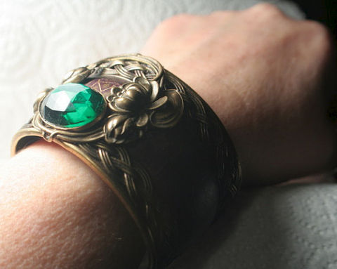 Original,Art,Nouveau,Vintage,WaterLily,and,Emerald,Cuff,Bracelet,Original Art Nouveau Vintage WaterLily and Emerald Cuff Braceletetsy