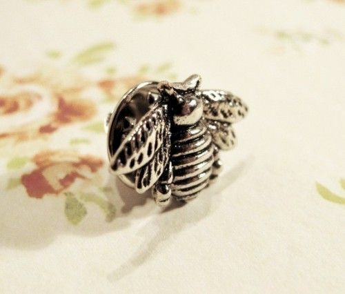Bumble Bee Pin Brooch Tie Tack Lapel Pin Honey Bee Silver