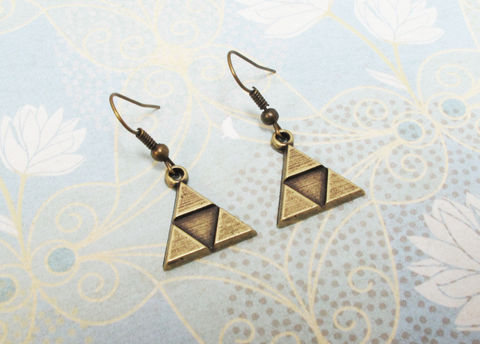 Bronze,Triangle,Earrings,,dangle,,inspired,by,Zelda,Triforce,Triforce earrings, dangle, hooks, drop, charm, jewelry, zelda, golden, legend of zelda, tri force, triangle, geek chic, gaming, video games, bronze, link